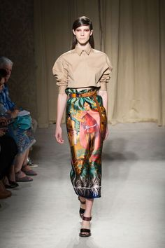 The who's-who of style have descended upon the Big Apple again this week. Mercedes-Benz Fashion Week officially kicked off in New York on February 6, showcasing the next trends for the spring 2014 season: http://bmag.com.au/style-wellbeing/fashion-news/