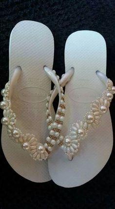 Cosméticas sandálias