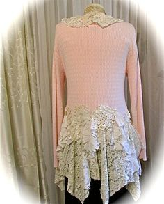 Shabby Pink Sweater womens clothing altered por TatteredDelicates
