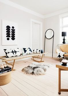 modern interior pattern fabric black &wood my scandinavian home Interior Design Inspiration, Home Decor Inspiration, Daily Inspiration, Home Interior, Interior Styling, Danish Interior, Natural Interior, Modern Interior, Home Living Room