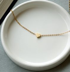 Golden heart simple necklace