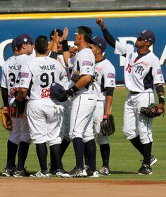 @Sultanes de Monterrey  2-8 Veracruz (26/04/14) Foto: Roberto Alanis