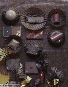 1. Fard  Les 4 Ombres, n° 38, Chanel.  2. Ombre Minérale, Dark Chocolate, Clarins.  3. Rouge Dior Addict, Instinct, Dior.  4. Ombres Raspberry & Mocha Palette, Shu Uemura.  5.  Violet Underground, Estée Lauder.  6. Rouge G Le Brillant, Bonnie, Guerlain.  7. Ombre du Prisme Yeux Acoustic Quatuor, Givenchy.  8. Ombre Hypnôse, Très Chocolat, Lancôme.  9. Sheer Eye Shadow, Dark Sable, Burberry.  10. Ombre de la Palette Enchanted, Tom Ford.  11. Rouge Pur Couture The Mats, 206, Yves Saint…