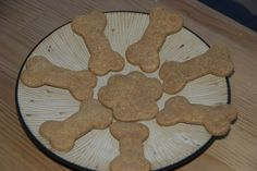 Cooking for Kaiser {Peanut Butter Dog Treats} Peanut Butter Dog Treats, Homemade Peanut Butter, Homemade Dog Treats, Pet Treats, Dog Treat Recipes, Great Recipes, Dog Food Recipes, Favorite Recipes, Dog Biscuits