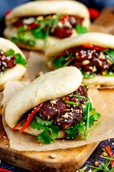 Gua Bao - soft fluffy Bao buns stuffed with tender sticky pork belly. I'm going to show you how to make it all at home, from scratch, in my Pork Belly Bao, Pork Belly Slices, Gua Bao, Pork Recipes, Asian Recipes, Cooking Recipes, Hawaiian Recipes, Asian Pork Belly Recipes, Noodle Recipes