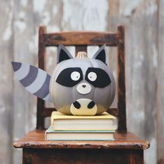 No-carve Raccoon Pumpkin PLUS more woodland creature pumpkins from MichaelsMakers Simple As That Blog