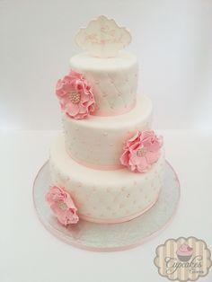 Tarta boda en fondant con flores rosas