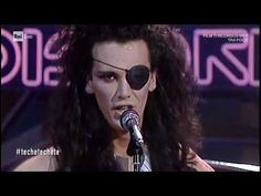 "Dead or Alive - ""You Spin me round"" - Discoring 1985 Pete Burns, Spin Me, Bmg Music, New Wave, Video Artist, Age, Video New, Post Punk, Pop Rocks"