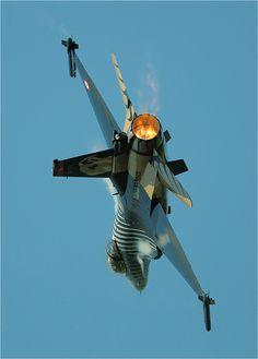 F-16 Solo Turk