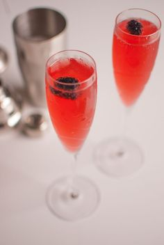 Blackberries, raspberries and rosé are the secret ingredients for this delicious spring twist on the classic French 75.