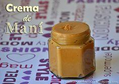 Crema de maní casera (también conocida como mantequilla de maní)