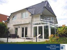 TOPMODERNES ANWESEN IN BERLIN-MARIENDORF - komplett modernisiert  Das angebotene Einfamilienhaus, wurde im Jahr 1999, auf einem ca. 500 m² großen Südgrundstück errichtet. Im Jahr 2011 wurde es komplett modernisiert und bietet Ihnen nun alle Vorzüge des modernen Wohnens.  http://www.grund-boden-fundus.de/de_objektdetails.php?ID=FEED8AFAA1E340CABDE415DD72B6E0FD