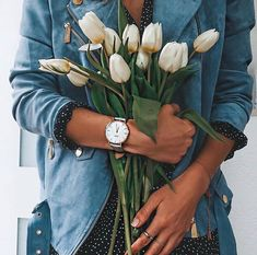 Apostle and CLUSE watches are a match made in heaven! Stunning designs, beautiful colours and superior quality. Valentines Gifts For Her, Gifts For Mom, Spring Fashion, Winter Fashion, Statement Jewelry, Spring Outfits, Tulips, Jewelry Design, Bouquet