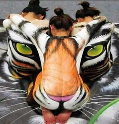 Unbelievable Hidden Body Painted People – Can You Spot Them?!   Trending.Report - Part 4
