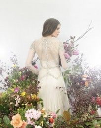 Emma Wedding Dress by Gwendolynne - Flowers by 'Flowers Vasette'
