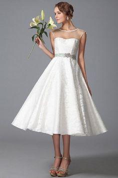 Retro svatební šaty