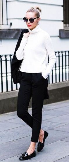 Combine your suit with turtle neck sweater ||| Winter Work Outfits || Casual Winter Work Outfit Ideas || Work Outfits || 55 Decent Winter Work Outfits to Try Right Now