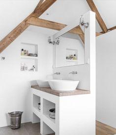 Bad unterm Dach - kann ja nur ein Waschbecken sein