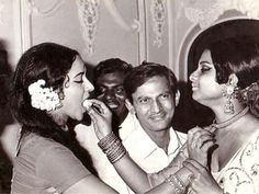 Photo of Rekha and Hema Malini from the very early 1970s taken at an unknown film event. #bollywood