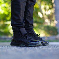 "Air Jordan 11 ""Blackout"""