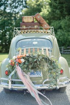beautiful wedding car decorations, wedding color combinations, amazing wedding inspirations, wedding cakes, wedding flowers, Wedding Car Decorations, Garland Wedding, Wedding Ceremony, Wedding Getaway Car, Wedding Cars, Just Married Car, Bridal Car, Wedding Transportation, Cream Wedding