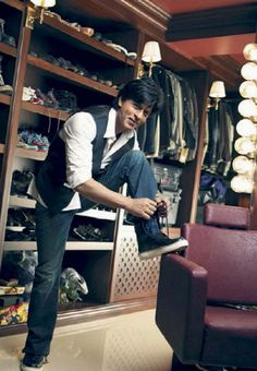 SRK- dressing room at Mannat