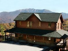 5BR/5 1/2BA Log Home,Mtn View,2 Hot Tubs,Pets OK,3rd Free Jan-Feb-not available for July 4