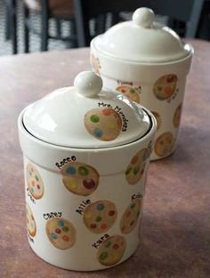 ceramic cookie jars to paint | Cookie jar class project. Cookies are decorated with student's ...