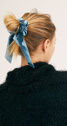 Velvet Scrunchie, Fashion Themes, Vintage Couture, Vintage Fashion, Free People Store, Holiday Looks, Ribbon Bows, Street Chic, Scrunchies