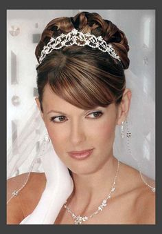 Hairstyles, Wedding Hairstyles Updos For Women: Simple Style of Wedding Updos For Medium Length Hair