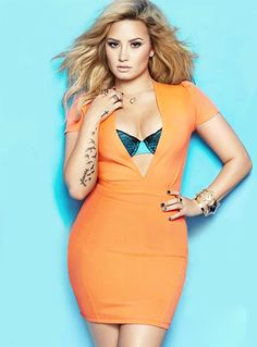 Demi Lovato's cover photo for Cosmo. She looks amazing!