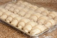 Is there anything like a fresh, hot out of the oven, homemade dinner roll? Dinner rolls are a classic that will never fade. These dinner r. Homemade Dinner Rolls, Dinner Rolls Recipe, Homemade Breads, Donut Recipes, Bread Recipes, Cooking Recipes, Yummy Recipes, Cake Recipes, Baked Rolls