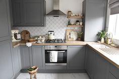 Country Kitchen Designs, Kitchen Room Design, Modern Kitchen Design, Home Decor Kitchen, Interior Design Kitchen, Home Kitchens, Small Country Kitchens, Very Small Kitchen Design, Small Kitchen Interiors