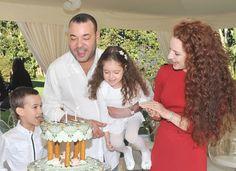 Maak kennis met kroonprins Moulay en prinses Lalla Khadija >> http://www.beaumonde.nl/royalty/royal-kids-royalty/maak-kennis-met-moulay-en-lalla-khadija/?utm_content=buffer44444&utm_medium=social&utm_source=pinterest.com&utm_campaign=buffer #royalty