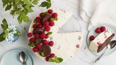 Vadelmajuustokakku | Kakut | Yhteishyvä Raspberry, Strawberry, Waffles, Cheesecake, Candy, Fruit, Breakfast, Sweet, Desserts