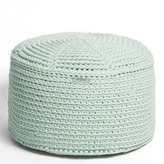 FA crocheted POUF mint