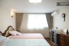 Luxury Apt. in ApguJeng HyanDai in Seoul - Near city hall - $175 plus $35 per extra person - can have 2 baths