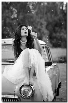 Ok so this chicks face is funky, but I love the senior pics with a vintage feel and with cars