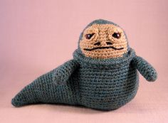 Ravelry: Jabba the Hutt pattern by Lucy Collin Star Wars Crochet, Crochet Stars, Crochet Geek, Crochet Patterns Amigurumi, Amigurumi Doll, Crochet Crafts, Loom Knitting Projects, Crochet Projects, Amigurumi For Beginners