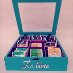 Tea box -  @EtsyItalia Team  - #wood #teabox #te #teatime #radiantorchid #legno #tea #the #box #organized #scatola #home #handmade #woodworking #food #teapot #cupoftea #teabags #teainspirations #decor #tearoom #etsy #teaparty #twinings #blue #collection #fruit #summer #pink #purple #raspberry #blueberry #turchese #fucsia #turquoise #glass #instagram #vintage #shopping #woodenteabox #teabagsachets #giftideas #cajiata #drinktea #tealovers #teaset #teaforme #valentine