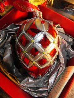 Waterford Holiday Heirlooms Crimson Colleen Egg Ornament