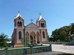 Iglesia San Mateo    Tomada desde el carro en movimiento...  San Mateo, Alajuela, Costa Rica