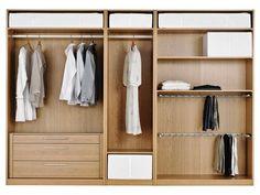 Schlafzimmer ikea pax  Ein modernes Schlafzimmer mit einem offenen PAX Kleiderschrank in ...