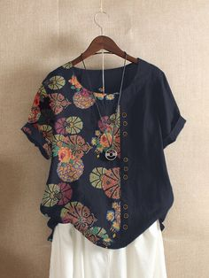 Fashionable Floral Printed Patchwork O-neck Button T-shirt Online - NewChic Site Mode, Look Fashion, Womens Fashion, Autumn Fashion, Floral Prints, Floral Tops, Tunic Tops, Couture, T Shirts For Women
