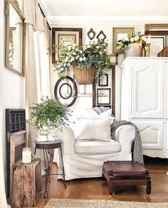 French Country Wall Decor, French Farmhouse Decor, French Country Living Room, Farmhouse Style, French Cottage Decor, Country Chic Decor, Shabby Chic Wall Decor, Shabby Chic Farmhouse, Cottage Farmhouse