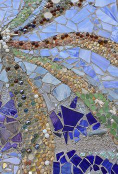 ❥ vitraux avec pierres.