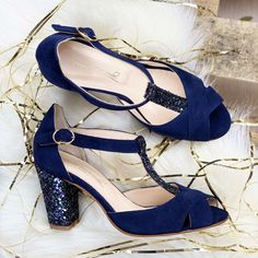 Salomé ouverte en velours marine, talon 8cm pailleté Bleu Marine, Heels, Fashion, Custom Shoes, Blue Shoes, Smooth Leather, Velvet, Pumps, Heel