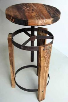 Reclaimed wood stool - so cool - For the foot rest, I would higher a bit the low metal ring.