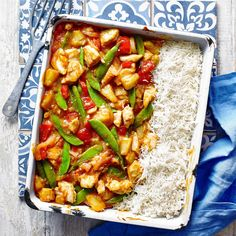 Sweet and Sour Chicken with Rice Traybake -All the flavours of delicious sweet and sour chicken, without any of the fuss. Sweet Sour Chicken, Chicken Rice, New Recipes, Cooking Recipes, Recipies, Family Recipes, Chicken Breast Fillet, Asian Cooking, Evening Meals