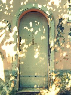 There need to be more arched doors in the world. . or at least my world